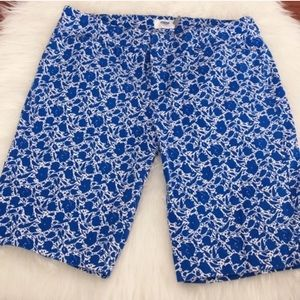 Old Navy Floral Blue Bermuda Shorts 2